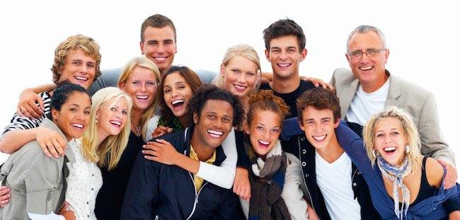 gente sorridente